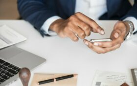 gérer son bien immobilier soi-même grâce aux solutions en ligne