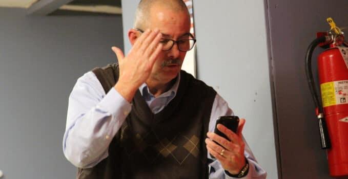 voir et dialoguer avec les visiteurs grâce au visiophone connecté